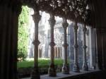 O curte interioara a catedralei