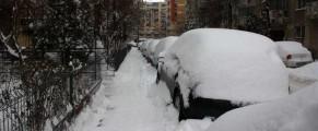 Datul zapezii si spalarea trotuarelor, doua obligatii civile facultative in Bucuresti