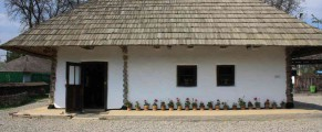 Casa lui Creanga din marginea Targului Neamt