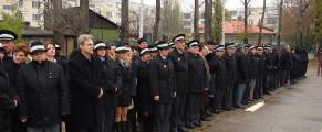 Politia comunitara a sectorului 4, dandu-i raportul lui Piedone