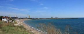 Plaja din 2 Mai