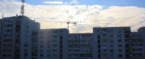 Blocurile gri facute in vremea lui Ceausescu, mina de aur pentru stat si pentru 13 firme de asigurari