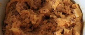 Mamaliga amestecata cu carnati si resturi de friptura