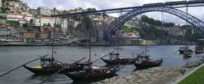 Porto, râul Douro și un pod făcut de Eiffel