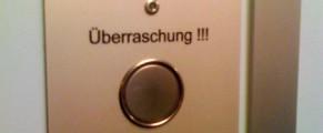 Butonul surpriza din lift