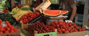 Piața Vitan, poză cu titlu de prezentare, făcută într-o primăvară