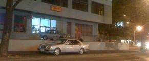 Poșta Vitan are acum ieșire la bulevard :)