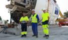 Faur, Gheorghe și Vișovan în fața scutului cu care vor săpa tunelul de metrou