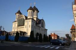 Catedrala ortodoxă și fosta sinagogă