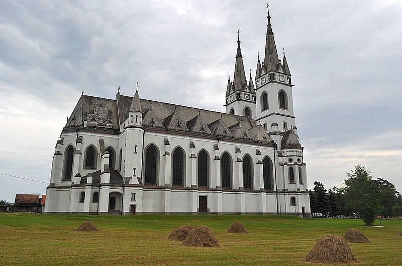 catedrala-ditrau