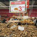 Cum se vând cartofii românești în epoca supermarket
