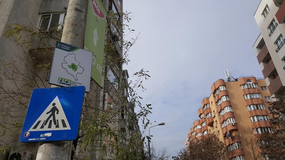 Panou ZACA pus în ianuarie la mine pe stradă